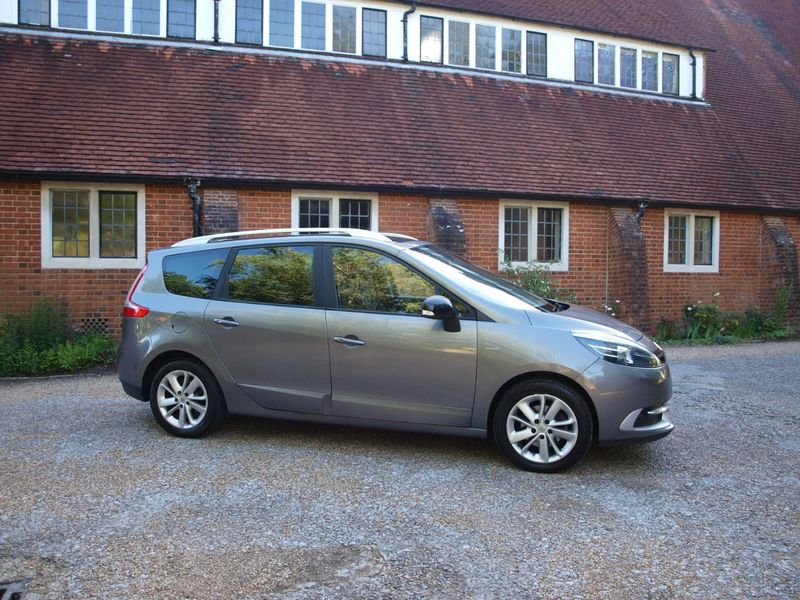 View RENAULT SCENIC GRAND LIMITED ENERGY DCI 7 SEAT