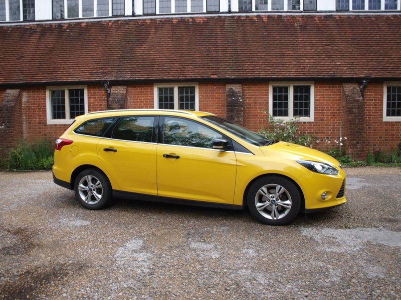 View FORD FOCUS ZETEC TDCI
